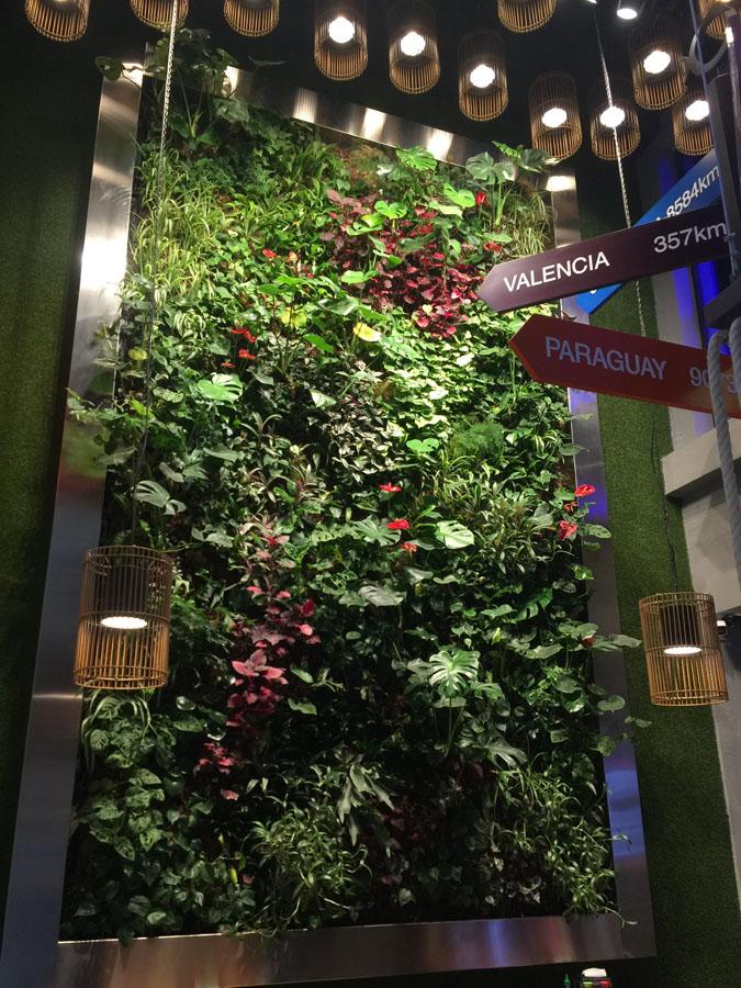 jardines-verticales-centros-comerciales-oficinas-restaurantes11